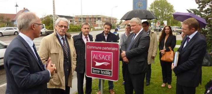 Colmar «commune partenaire Alsace terre textile»
