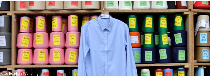 Emanuel Lang réussit son opération de Crowdfunding pour la création de chemises personnalisables